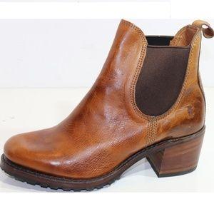Frye Womens Boots - Sabrina Chelsea - Size 10 M
